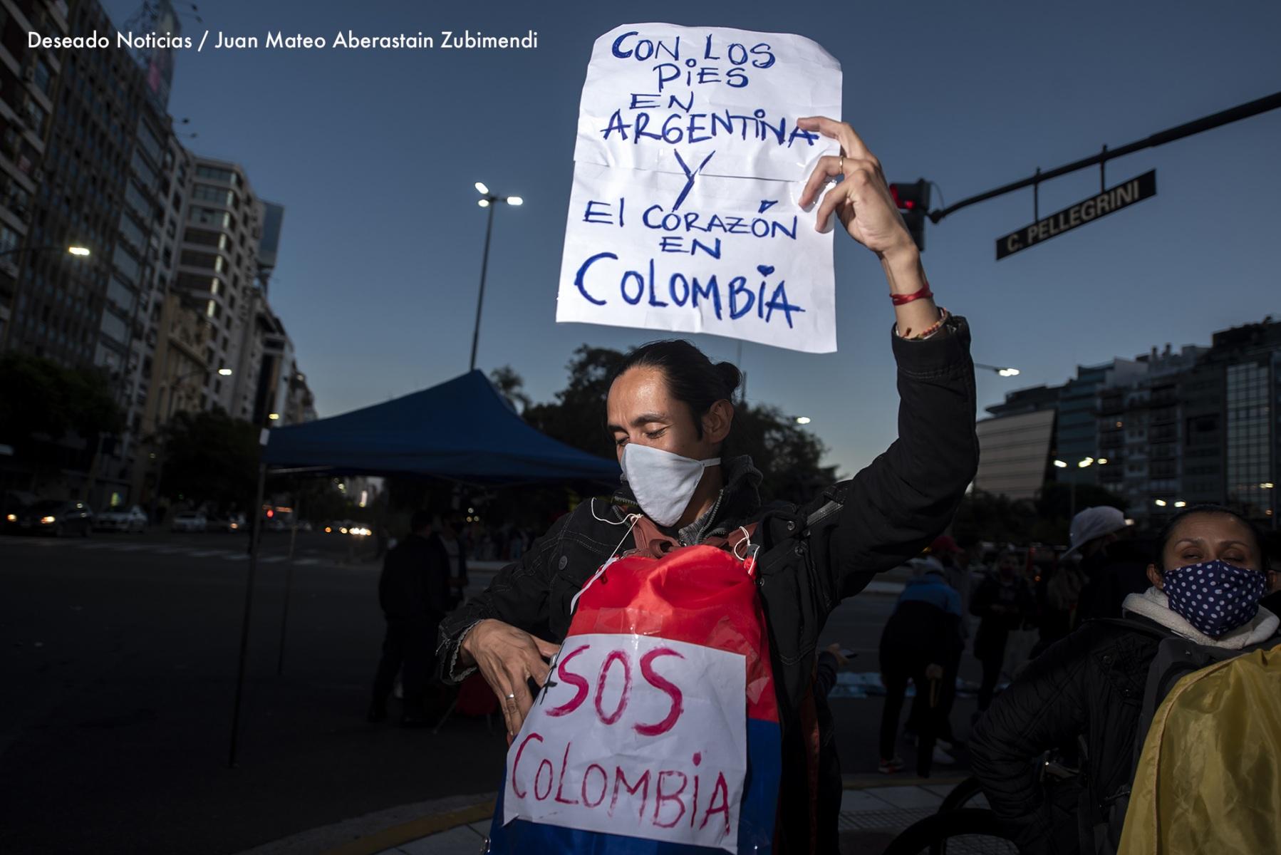 Manifestación-de-colombianos_Ph_JuanMateoAberastain_2