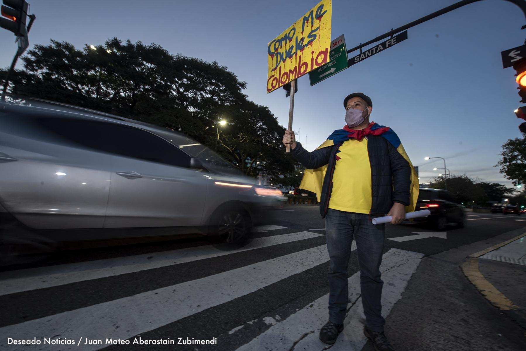 Manifestación-de-colombianos_Ph_JuanMateoAberastain_6