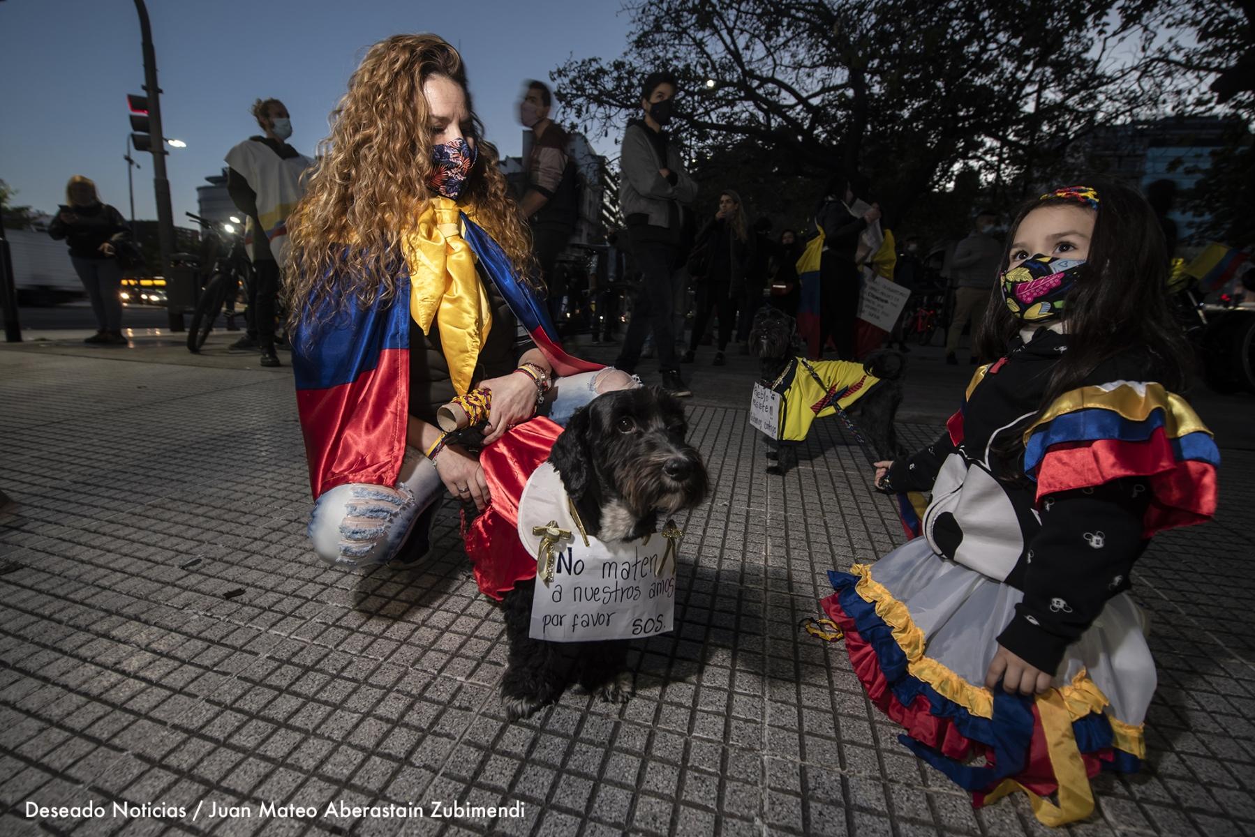 Manifestación-de-colombianos_Ph_JuanMateoAberastain_8