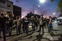 protesta-policia-noche3